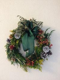 ナチュラル素材のクリスマスリース作りin祇園町