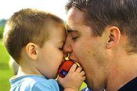 父と子供の愛情あふれる物を語らない物語