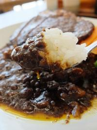 柳川黄金博多和牛カレーステーキのせ。