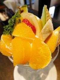 清美のフルーツパフェ♪