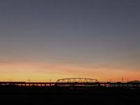夕焼けを見ながら走る新幹線♪