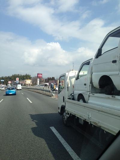 トラック輸送