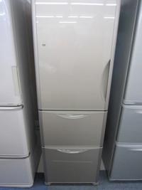 2017年製 HITACHI 315L 3ドア冷蔵庫入荷