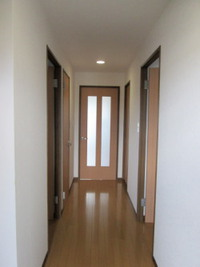 【廊下・階段風水】廊下・階段を物置き場にしない