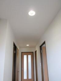 【廊下・階段風水】廊下・階段を明るくする