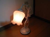 【寝室風水】寝室の照明は暗くする