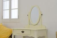 【寝室風水】寝姿が映るところに鏡を置かない