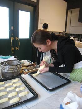 久留米市の料理教室 若くてキレイな先生ですよ~ 女性の私が憧れちゃいます
