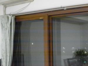 雨汚れや手アカで汚れた窓は運気を下げる