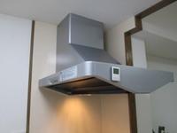 【風水キッチン】調理中は必ず換気扇をまわすこと