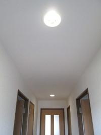 廊下、階段は明るくして良い気を呼び込む!