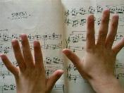 ピアノで磨かれる感性