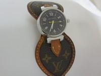旅行前の電池交換はお早目に・・・ルイヴィトンの時計