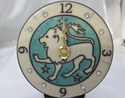 獅子座の置き掛け時計