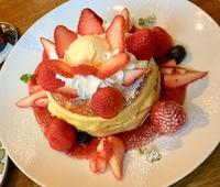 いちごのパンケーキ♪