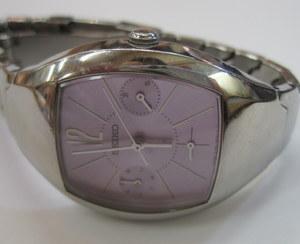 e4a4abfbf5 ハナブサの通販サイトである 時計クリーニング.COM からご依頼いただいた 時計のポリッシュです. SEIKO ルキアです仕事をするかっこいい女性のイメージで作られた人気  ...