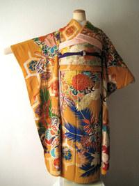 柿色に華やかな花束と鶴、亀甲文振袖(コーディネート)☆