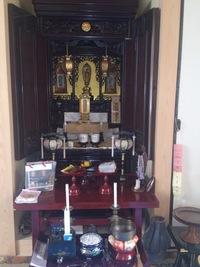 お仏壇の清掃にお伺いしました!