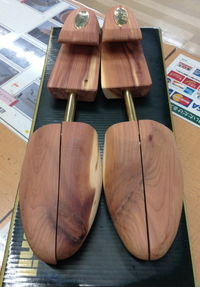 Collonil Aromatic Cedar Shoe Tree
