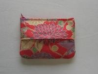 後染めの大島紬で作ったポーチ付きティシュケース