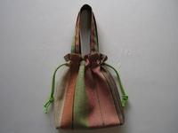 博多織りの帯地で作った巾着風手提げバック