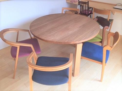 テーブルと椅子のお届け写真