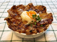 味噌豚丼。