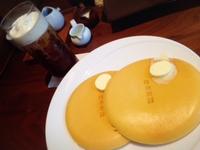 白金茶房でパンケーキ。