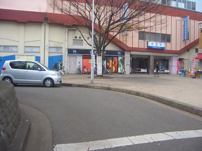 高宮駅東口前のロータリー