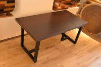 ピュアブラックの一枚板ウエンジテーブルとカワイイ輪切りの天板が沢山出来ました♪