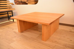正方形のブラックチェリーローテーブル完成!