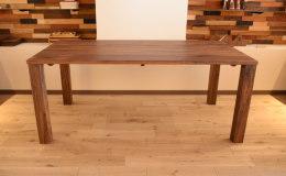 ブラックウォールナット・人気デザインのダイニングテーブル完成!