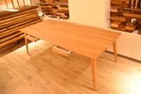 四方転びの傾斜脚がいい感じ!B・チェリー引き出し付きテーブル完成!