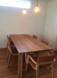 お客様よりお便り 鉄脚テーブルと木製テーブル!