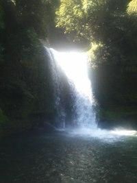 慈恩(じおん)の滝