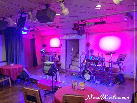 小倉ニューウエルカムの広いステージ&バック演奏付カラオケ