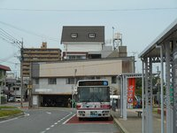 荒尾駅前のバス
