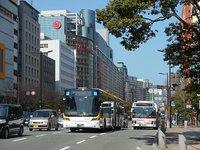 渡辺通のバスを撮る
