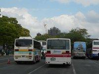 熊本城二の丸駐車場に西鉄路線バス