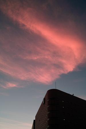 日本道観 福岡<道>学院 博多駅前、今日の空
