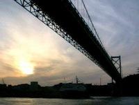 和布刈から関門橋を臨む