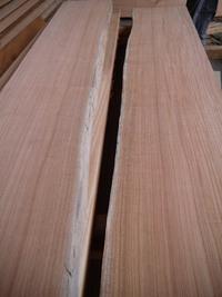 12年寝かせた木で作る最後のテーブル