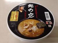 カップ麺 俺の空 掛け豚そば和風豚骨醤油味