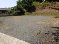 駐車場をゲートボール場と兼用する