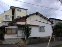台風で落ちた壁