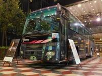 西鉄「TENJIN AMURO MONTH」安室奈美恵さんのラッピングバス!